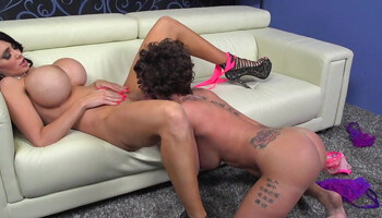 Joslyn James & Amy Anderssen are experienced cougar lesbians