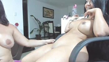 Webcam babe is having that pussy eaten by her girlfriend