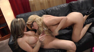 Very hot busty blonde opens her wet crack for a gf